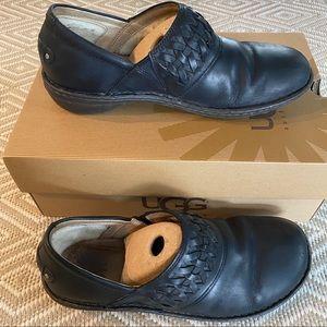 Ugg Anila black leather slides